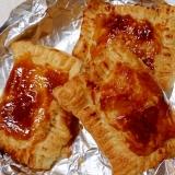 ミートソースとパイシートで簡単 ミートチーズパイ