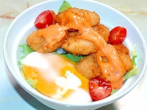 鶏屋さんのチキンカツアレンジ!ピリ辛ソースカツ丼♪