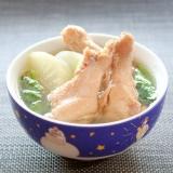マ・ローニエプロ☆鶏手羽と大根のスープ煮