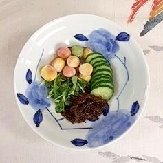 胡瓜、もずく、豆麩、貝割れのポン酢和え