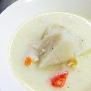 牛乳で簡単!ゴロゴロ里芋のミルクスープ煮
