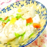 ❤しろ菜とパプリカと玉葱の水餃子スープ❤