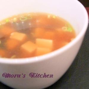 ワカメと豆腐の簡単中華スープ