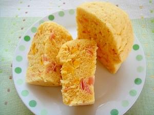 レンジで☆コーンとハムの蒸しパン