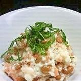 納豆豆腐に鮭フレーク