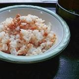 混ぜるだけで美味しい!お寿司のガリで簡単しゃけ寿司