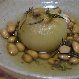 新玉ねぎと大豆のハーブ煮