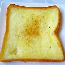 ♪フライパンで作る♪オリーブオイルトースト
