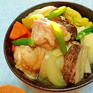 うどんスープの素で簡単☆セロリ入り鶏肉と野菜の煮物