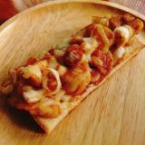 鶏胸と長ネギの焼肉のたれ炒め乗せチーズトースト