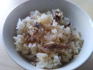 超簡単!秋刀魚と新しょうがの炊き込みご飯