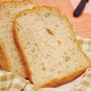 いちじくとクルミのもっちり食パン