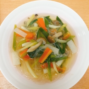 年中作れる‼️食べる☆お野菜たくさん春雨スープ