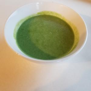 最短5分で作る、ほうれん草のスープ