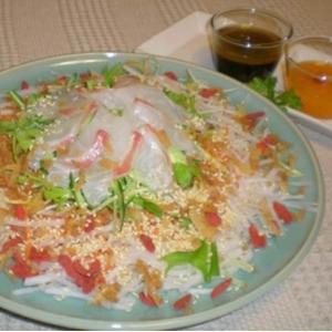 魚生 イューシェン シンガポールの中国正月料理