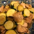夏野菜と鶏肉の甘酢あん炒め