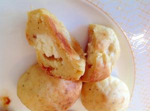 クリームチーズ入り簡単ジャガイモパン