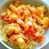 ズッキーニのトマトパスタ