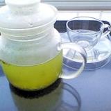 冷茶♪今年は粉茶で作ってます