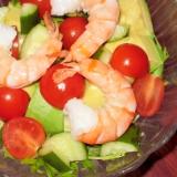 アボカドと海老のキュービックサラダ