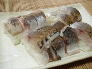 タッパーと巻きすで作る☆あじの押し寿司