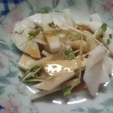 山芋とかいわれの和風サラダ