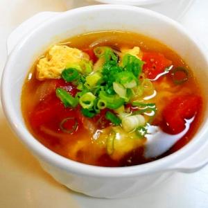 中華料理のお供に最適!トマトと卵の中華スープ