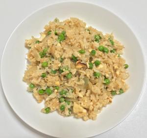 簡単! 豆腐とグリーンピーズの焼き飯