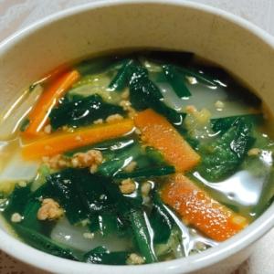 旨みたっぷり!ひき肉入り白菜スープ♪