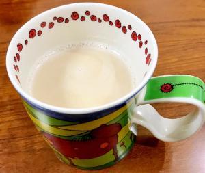 ノンカフェイン麦茶ラテ