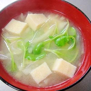 高野豆腐と大根の味噌汁
