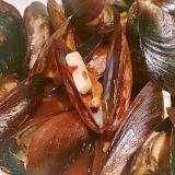 ムール貝の中華風、ピリ辛オイスターソース炒め蒸し