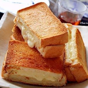 チーズのバターホットサンド