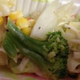 温野菜とカニカマのレモンマヨサラダ