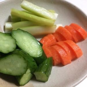 野菜のヨーグルト漬け