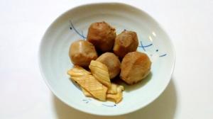 簡単里芋とイカの煮物