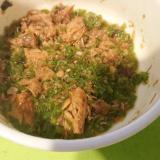鯖の味噌煮缶でピーマン煮