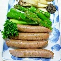 ポークソーセージと野菜のトリュフソース添え