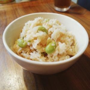 炊飯器にお任せ★ツナと枝豆の炊き込みご飯