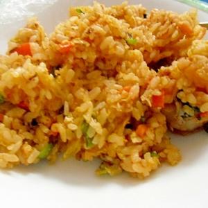 キムチと彩り野菜のチャーハン