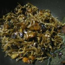 ジャコと味噌ピーの炒り煮