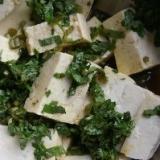 ミブナの刻み漬けと豆腐の和え物