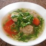 肉団子とトマトと水菜のスープ