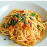 生ウニとトマトのアーリオオーリオのパスタ