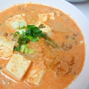 納豆、おから、豆腐の豆乳キムチスープ