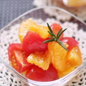 イーヨカン?伊予柑とトマトのマリネ