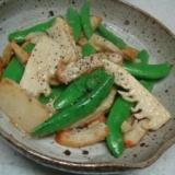 筍とスナップえんどうのオイマヨ炒め