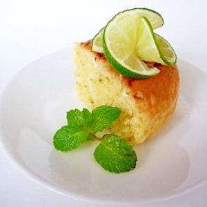炊飯器でホットケーキミックスと豆乳とライムのケーキ