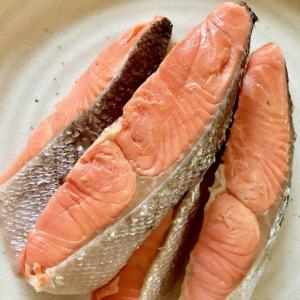 ふっくら美味しい!茹で塩鮭