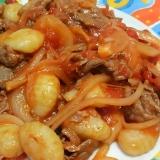 ポテトニョッキの牛肉と玉ねぎのトマトソース☆